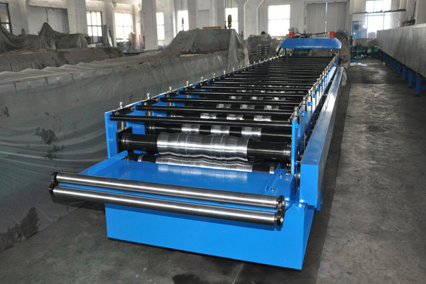 trapezoidal-roof-sheet-roll-forming-machine-3.jpg